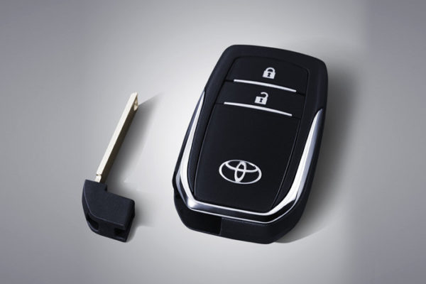 toyota new venturer nasmoco pati smart key